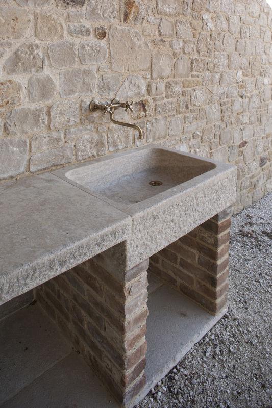 Lavabi esterni e fontane marmi 88 - Lavandino da esterno in pietra ...