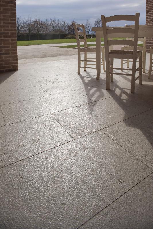 Pavimenti per esterni marmi 88 for Pavimenti per esterni